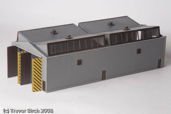 Peco N Gauge Diesel Train Shed